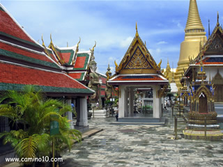 Wat Phra Kaew Temples of the Emerald Buddha Bangkok